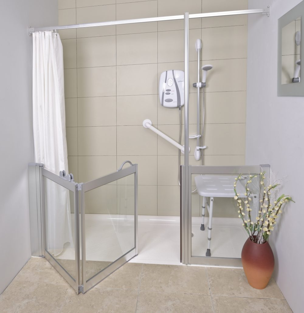 easy access shower with seat